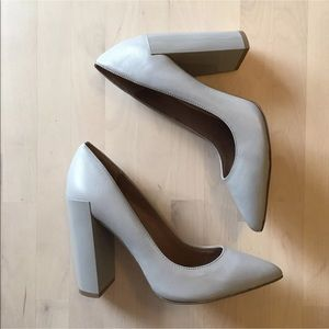 Renvy gray pointy toe pumps heels